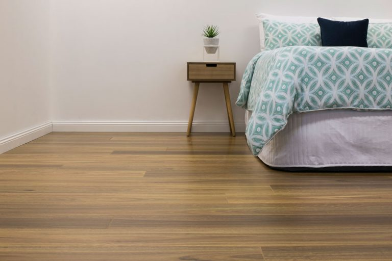 Reflections-Laminate-Lifestyle-Spotted-Gum